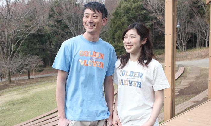 Tシャツを着ているモデルの写真