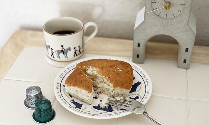 ケーキをのせた写真